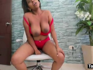 Incredible orgasm Latin ebony sexy girl big boobs on web cam. She is enjoying to ride this dildo.