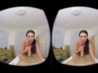 Patty Michova (VR)