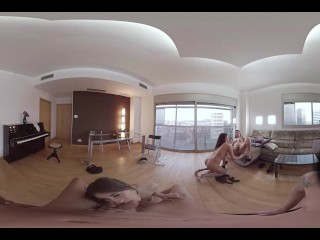 VR Porn Foursome in 360 movie