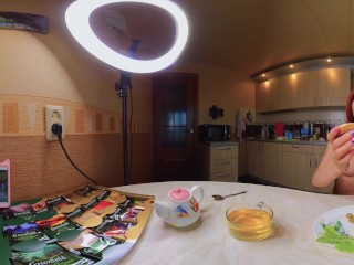 Naked Cooking VR 360 Cooking a Light Breakfast