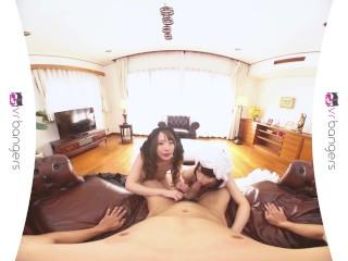 VR PORN - Sexy Teen Geisha Girls Pleasuring a Big Dick