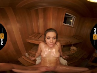 VR 180 - Kimber Woods Goes To The Sauna To Hook Up