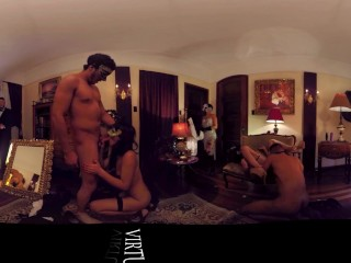 VR 360 Fucking 4 Colombian strippers