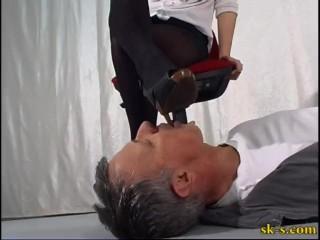 Italian Mistress Shoe Licking