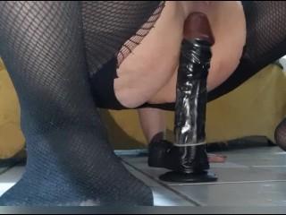 White italian girl big ass ride a bilg dildo creamy cum pussy 3