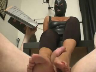 Floor foot slave foot job with Mistress Denya
