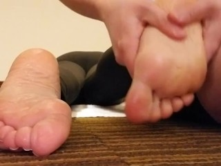 Slutty Secretary Gets Her Feet Massaged Tickled and Tortured