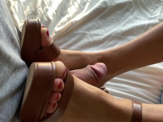 Daisy Duke | Sexy Legs, High Heels, Shoejob/Footjob | Cum on Soles