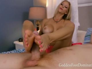 Sexy StepMom Alexis Fawk Lustful Footjob
