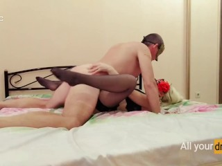 She gets fast fuck of missionary position!