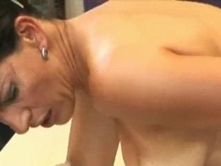 Super Mature mom make a sweet sex _ milf hot videos ( old vs young)